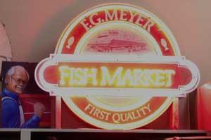 Fish Market Neon